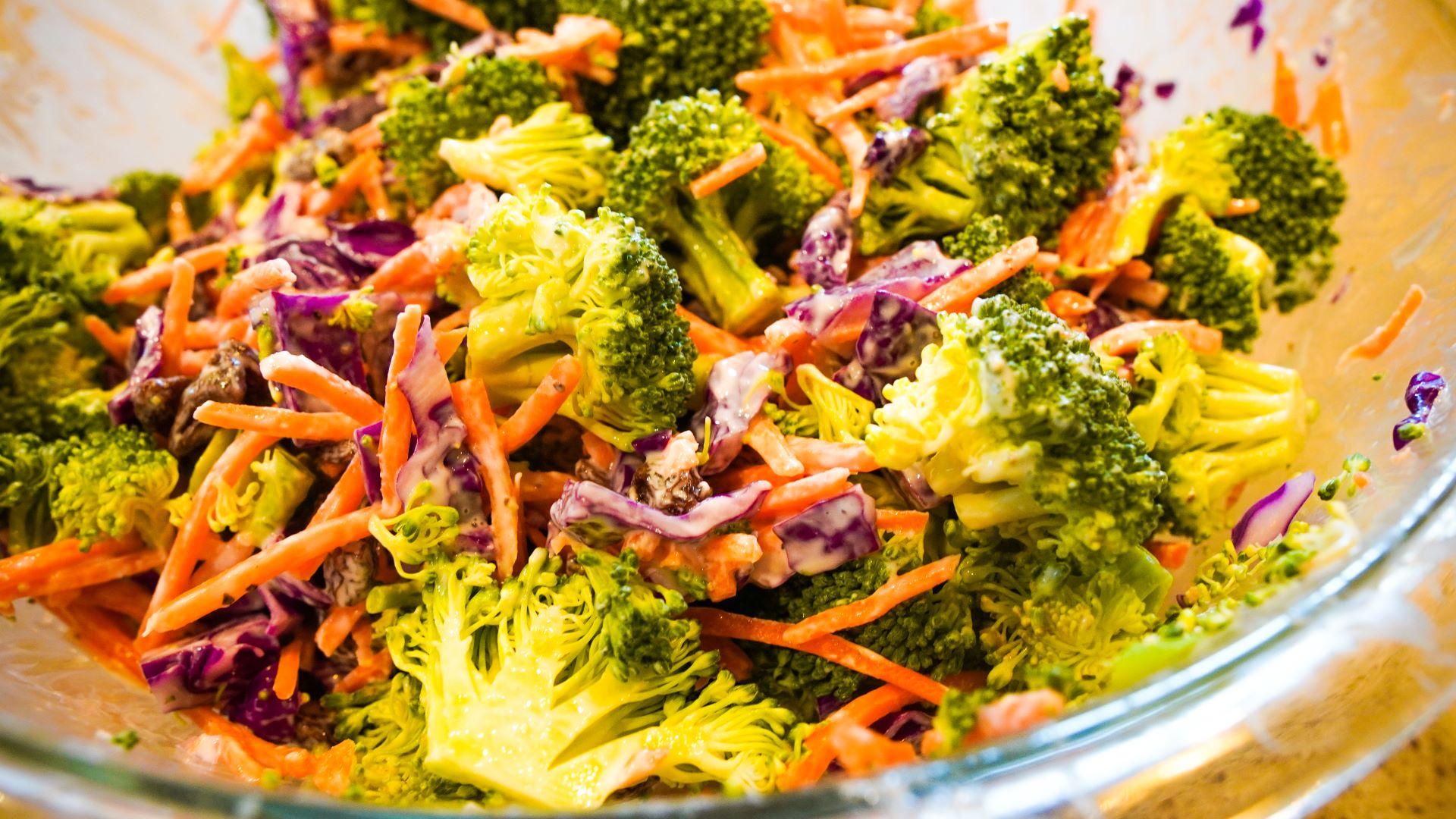 The Scoop with Lea   Broccoli Salad 2